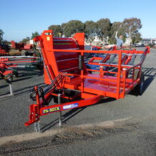 PA-Mick Round/Square bale feeder