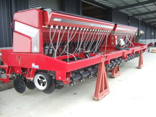 Abati Titanium BDS 8000 single disc seeder