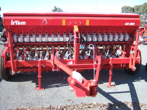 Agromaster Irtem SD3000 linkage disc seeder