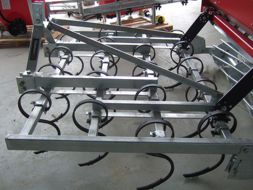 Daken four row 2mt S tine cultivator