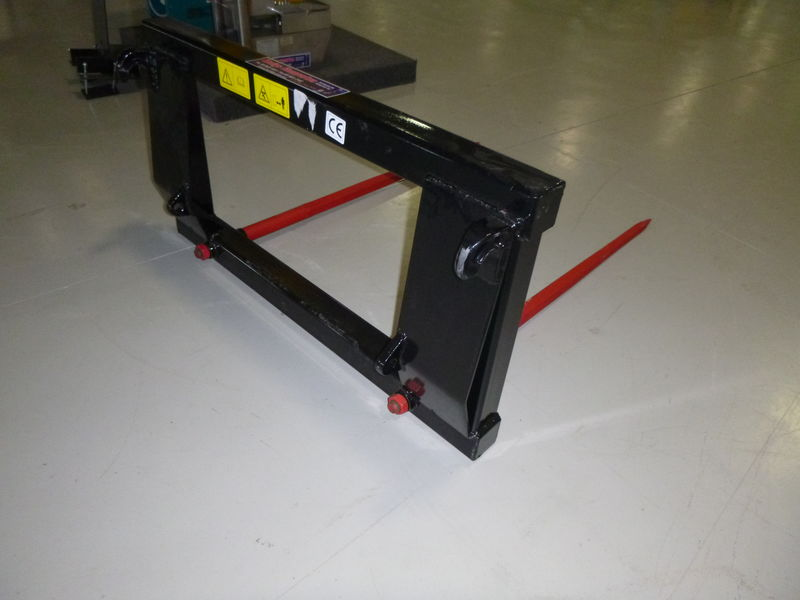 Euro Hitch Hay Forks