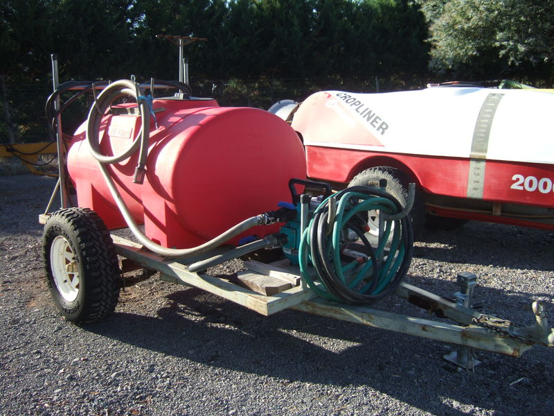 Fire fighter unit silvan 1000ltr trailing