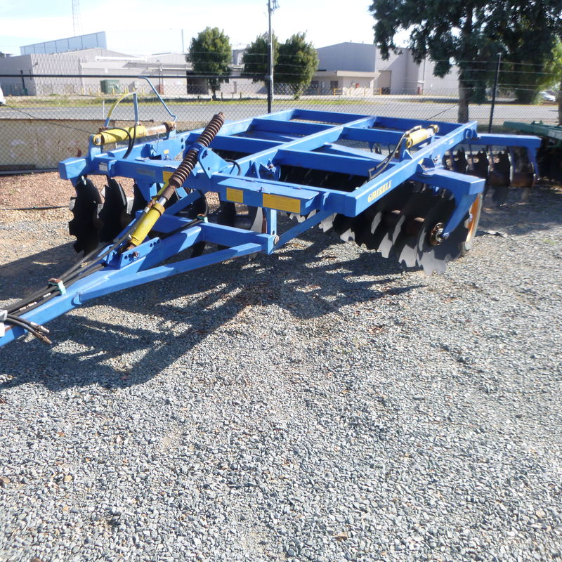 Grizzly Grumpy 28 plate disc cultivator