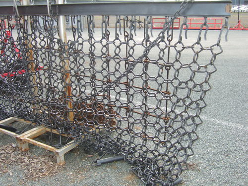Kanga 36m chain link drag harrow