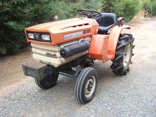 kubota b1400 2 wheel drive tractor konigs shepparton pty ltd rh konigs com au Kubota B7100 Kubota Tractor Parts