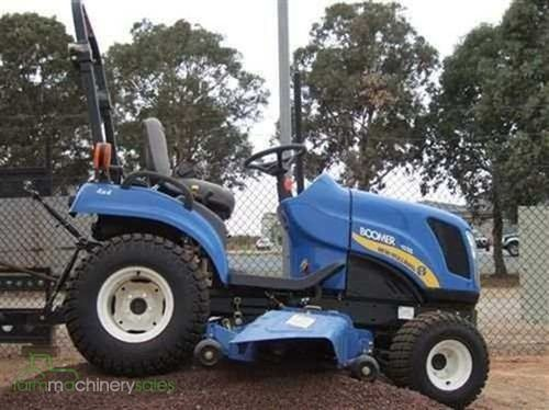 New Holland 1020 Boomer
