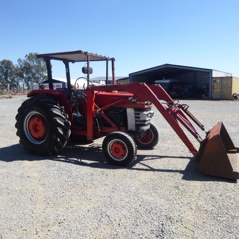 SH Massey Ferguson 165 with loader
