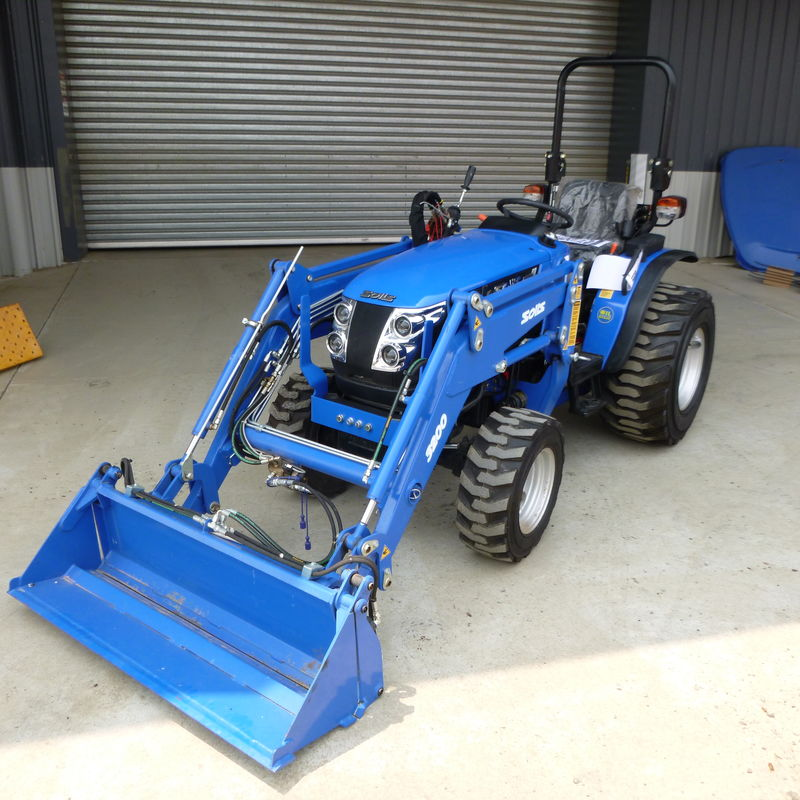 Solis 26 Tractor four wheel drive rops