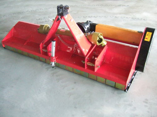 Worker 6 linkage mulcher