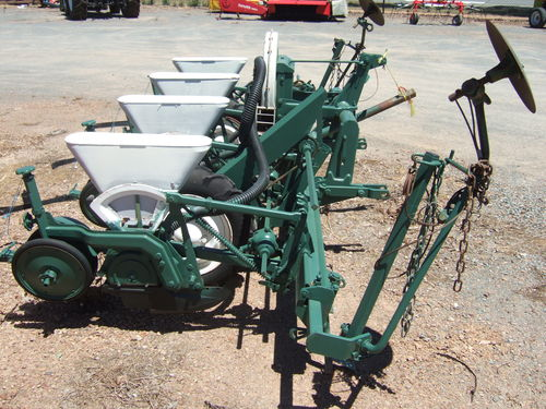 precission air seeder seeding tillage linkage trailing