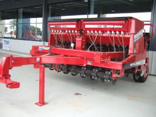 Titanium BDS-3000 single disc seeder