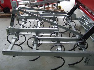 Daken Cultivator four row 2mt S tine