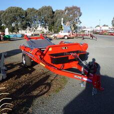Elite round bale hay feeder