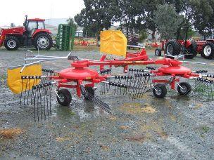 Fiorini S550 rotary hay rake