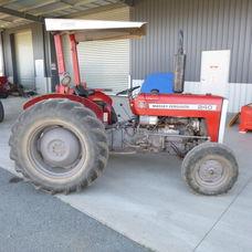 Massey Ferguson 240 Rops tractor