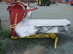 New Holland 4 disc linkage mower
