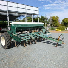 S/H John Shearer 24 run direct seed drill
