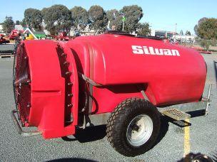 Silvan Supaflo 2000lt airblast sprayer