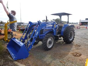 Solis 60 Tractor 4wd rops fel 4in1 bucket