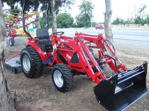 TYM T313 TRACTOR FITTED WITH FRONT END LOADER