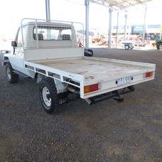 Toyota Landcruiser HZJ75 Cab Chassis