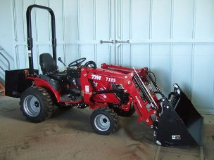 TYM TS23 Tractor 4wd loader 4in1 bucket