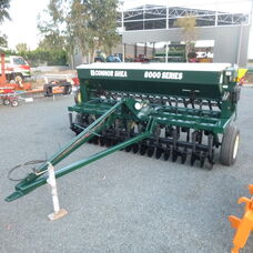 USED CONNOR SHEA 8000 SERIES SEEDER