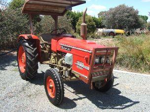 Zetor 2511 tractor 25hp 2 wheel drive rops
